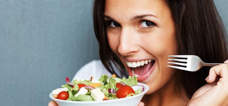 Почему после еды поднимается давление: причины